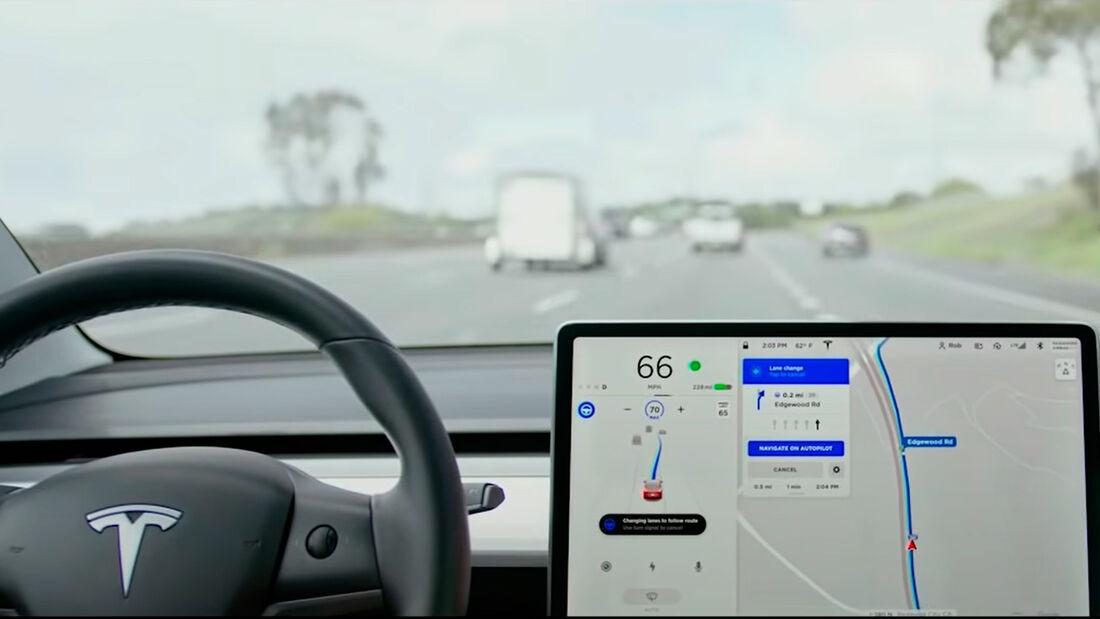 Tesla FSD Beta 10.1