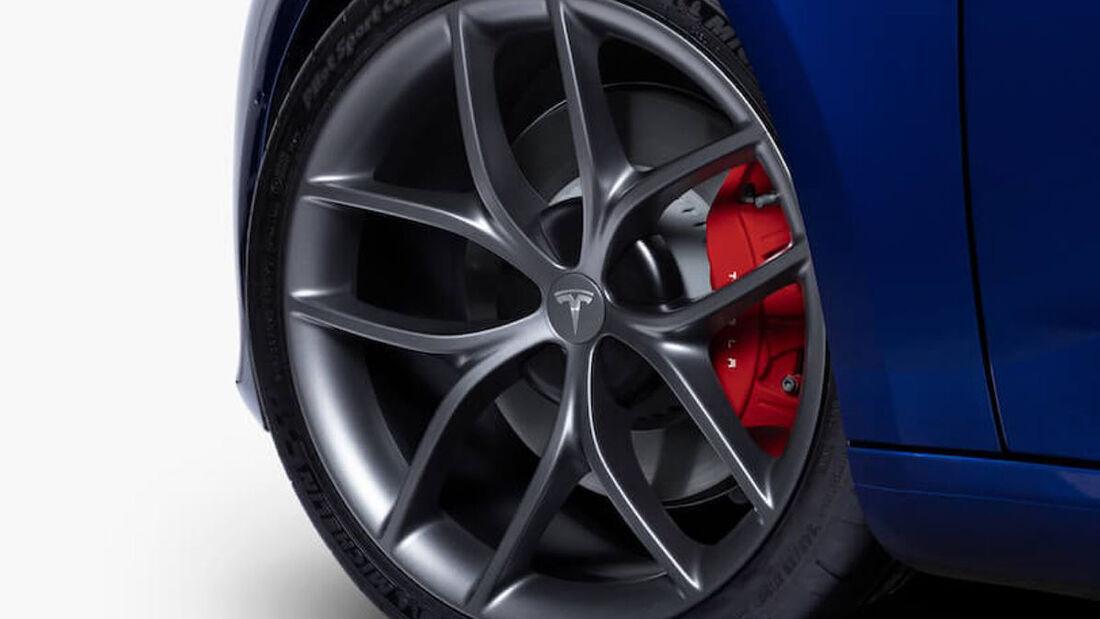Tesla Model 3 Track Package