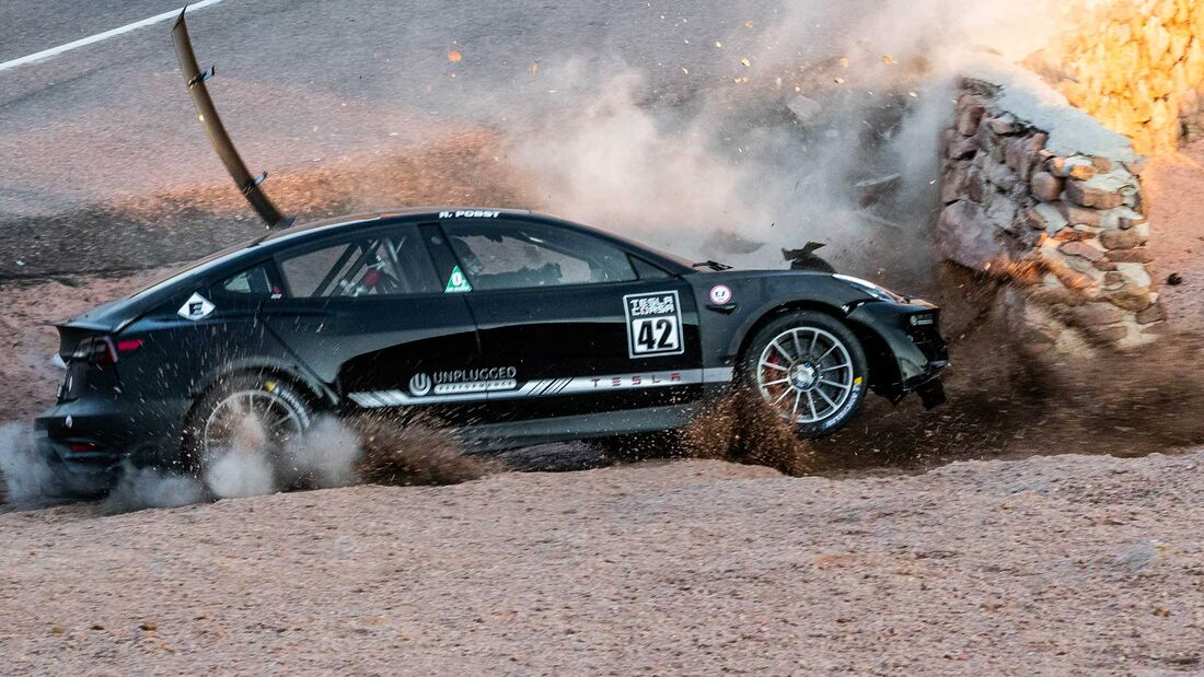 Tesla Model 3 Unplugged Performance Joshua Allan Pikes Peak crash (2020)
