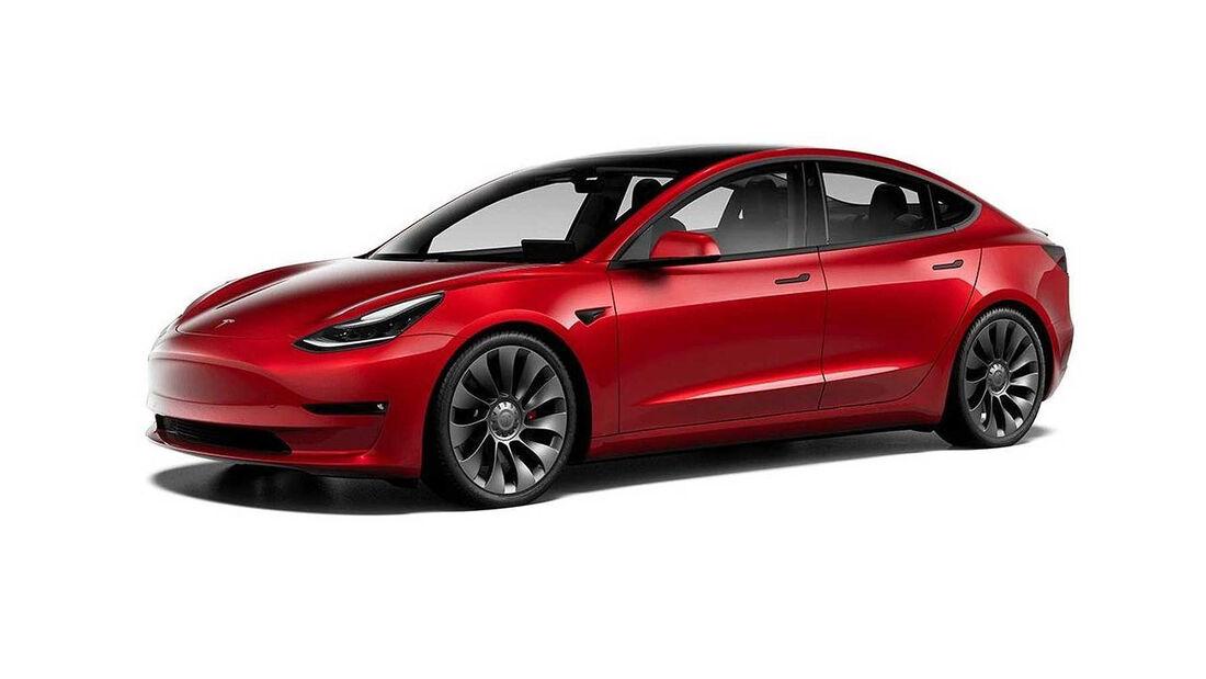 Tesla Model 3 mit schwarzen Applikationen