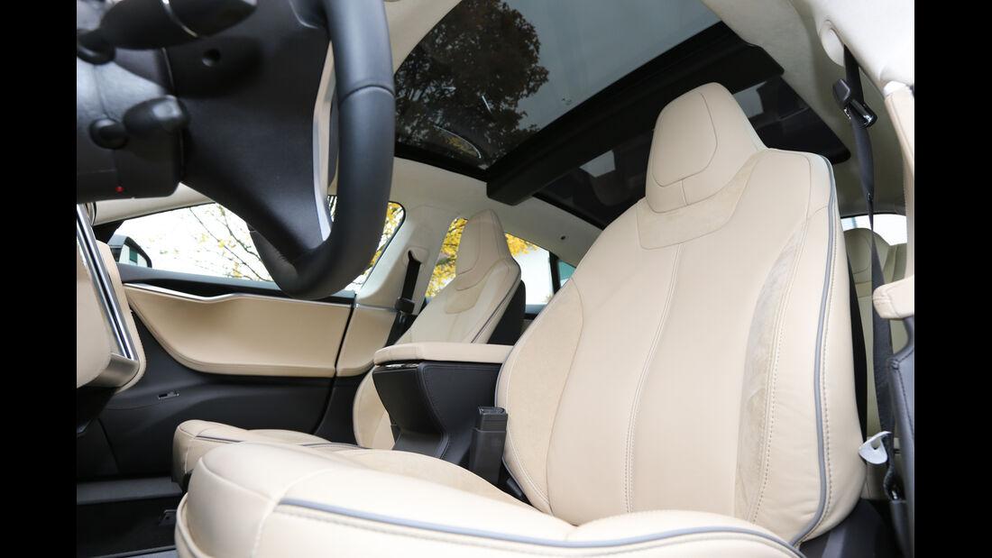 Tesla Model S, Fahrersitz