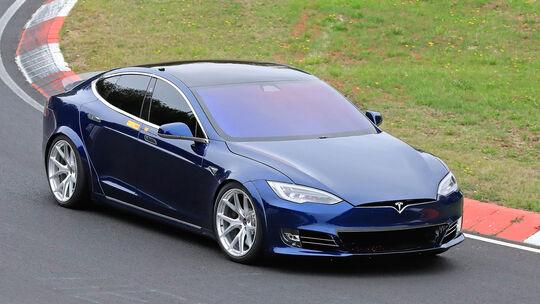 Tesla Model S Nordschleifenrekordversuch