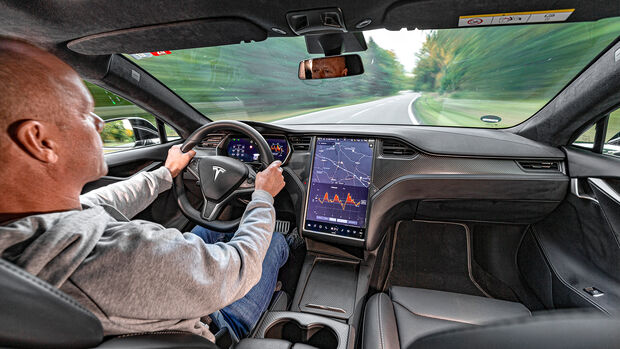 Tesla Model S P100D 4X4, Interieur
