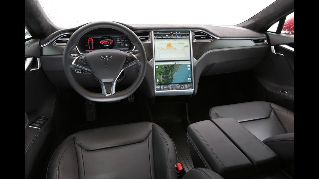 Tesla Model S P85D, Cockpit