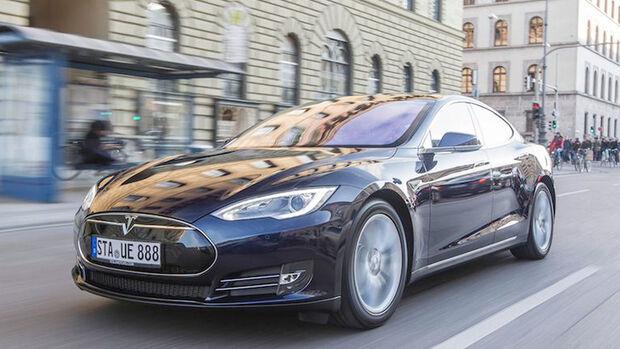 Tesla Model S Rekordfahrt