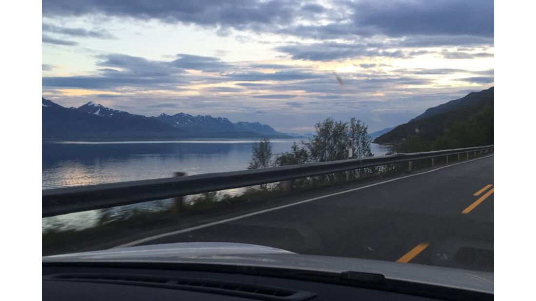 Tesla Model S, Rekordfahrt, Road Trip, Rekord