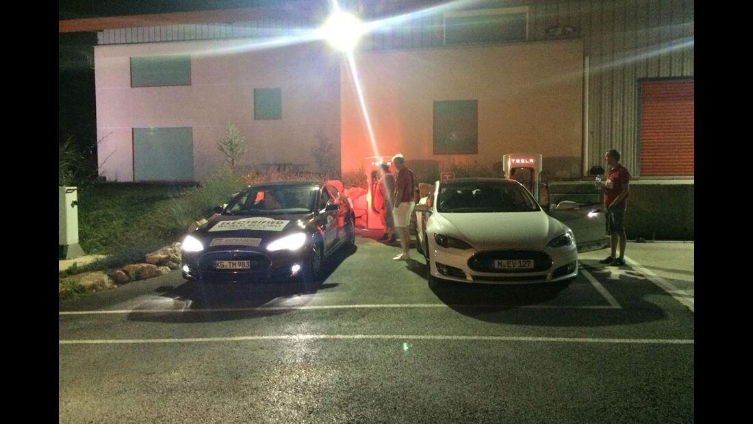 Tesla Model S, Roadtrip, Nordkap, Spanien, Tour, Rekordfahrt