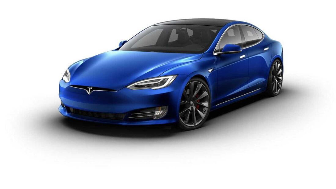 Tesla Model S mit chromglänzenden Applikationen