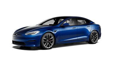 Tesla Model S mit schwarzen Applikationen