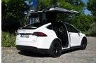 Tesla Model X 2016
