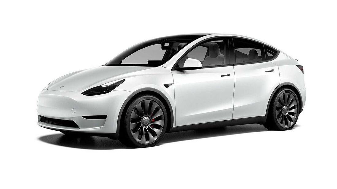 Tesla Model Y mit schwarzen Applikationen