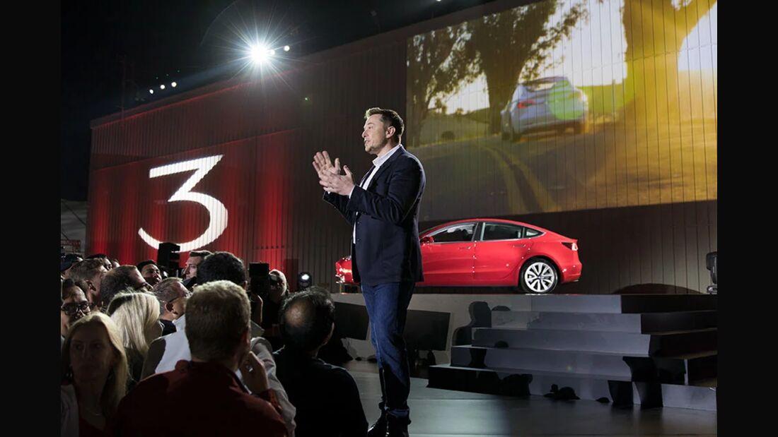 Tesla-Versicherung