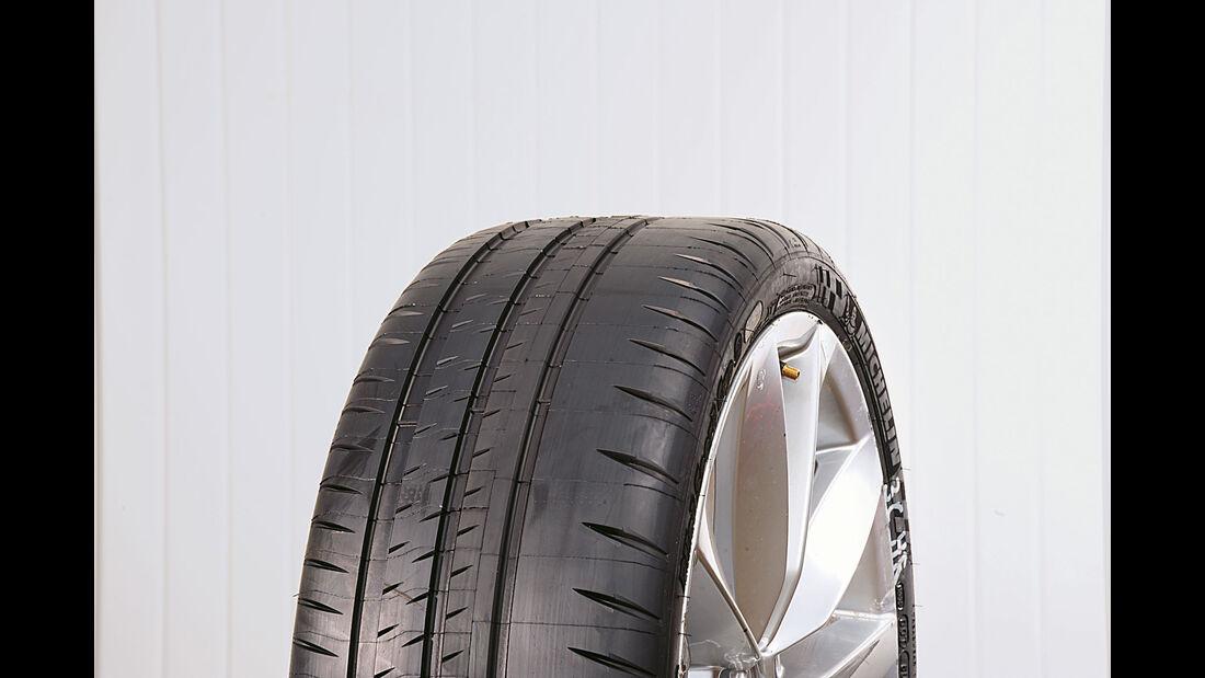Test - Sportreifen - Semi-Slicks - Michelin Pilot Sport Cup 2 - 235/35 R19