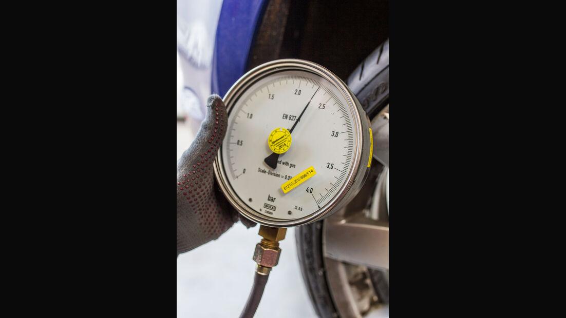 Test - Sportreifen - Semi-Slicks - Reifendruck