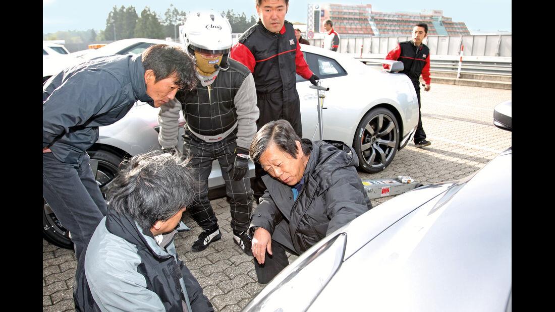 Testfahrt, Nissan GT-R, Boxengasse