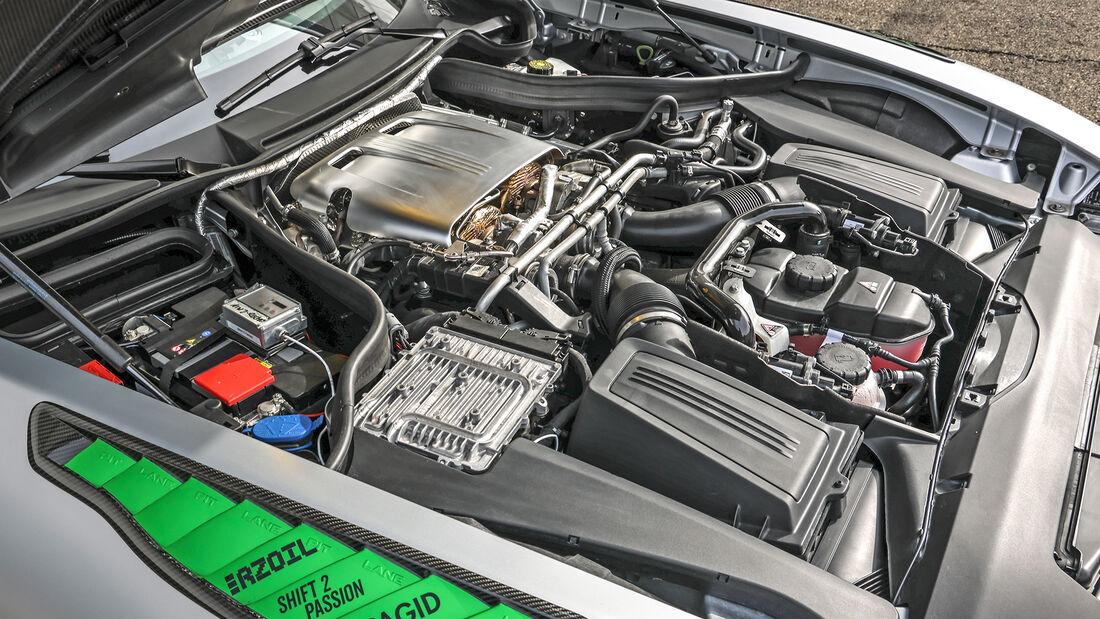 Tikt-Mercedes-AMG GT R Pro, Motor
