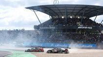 Timo Scheider - Audi - Robert Wickens - Mercedes - DTM - Nürburgring - 2. Rennen - Sonntag - 27.9.2015