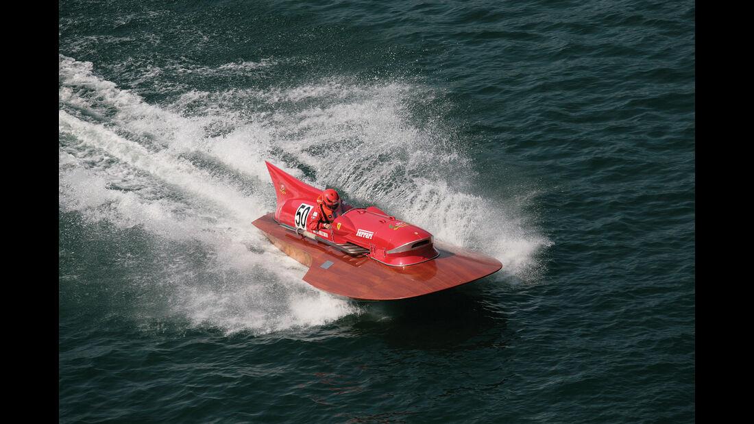 Timossi-Ferrari Arno XI Rennboot