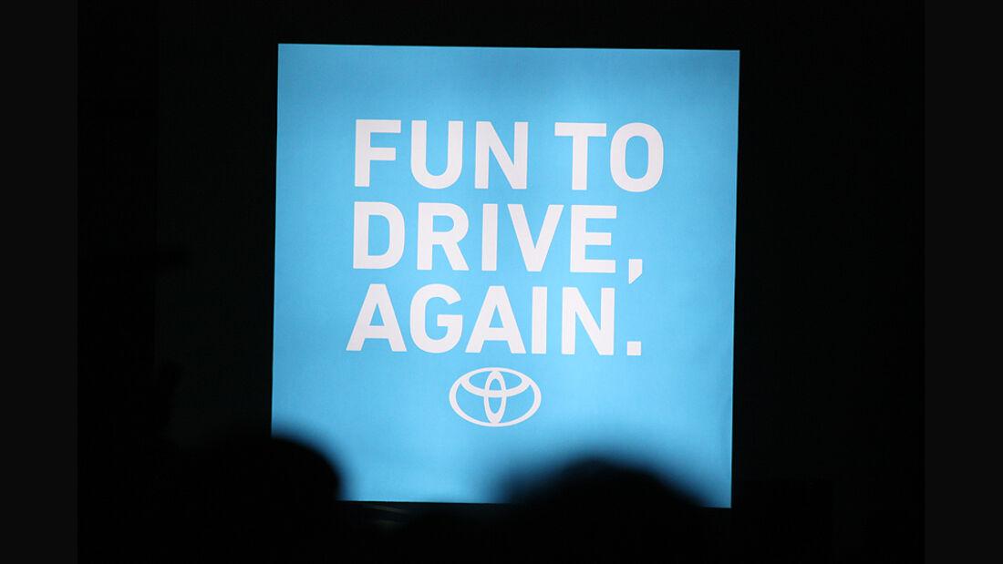 Tokio Motor Show 2011, Toyota Slogan