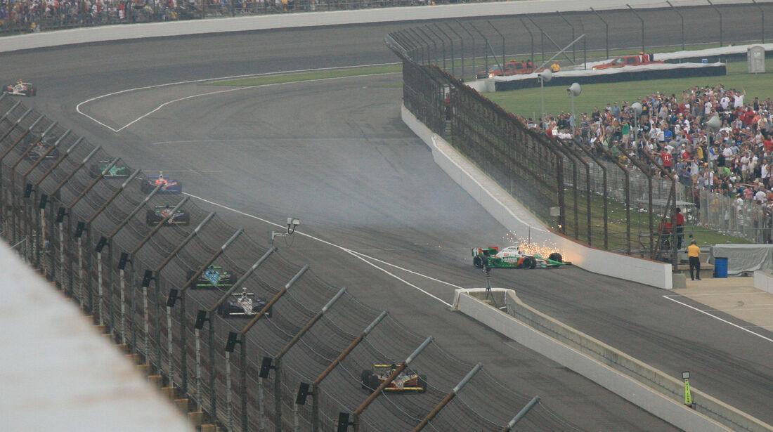Tony Kanaan - IndyCar-Crash