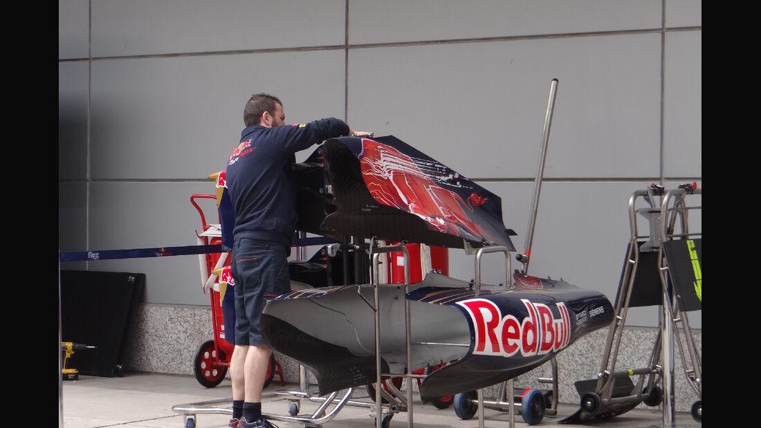 Toro Rosso - Formel 1 - GP China - 11. April 2012