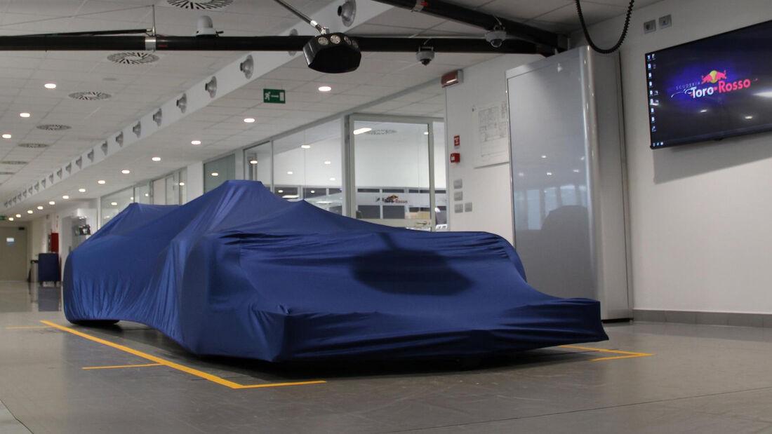 Toro Rosso - Launch - Fabrik - 2017