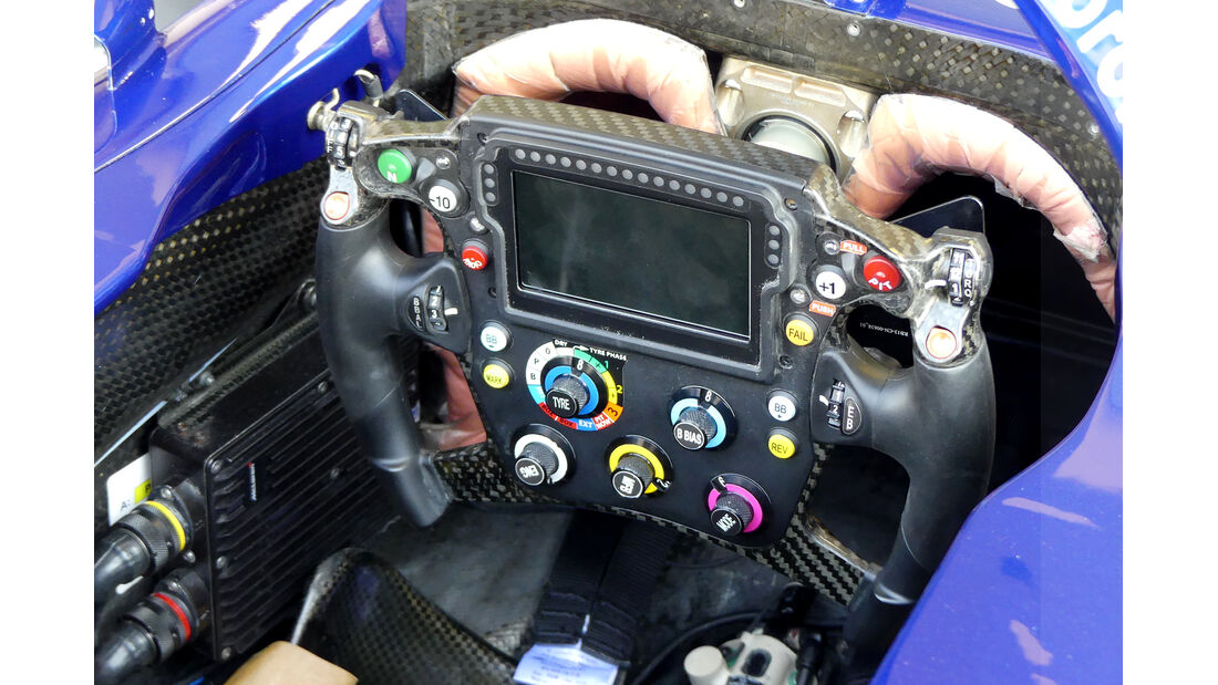 Toro Rosso - Lenkrad - Daniil Kvyat - GP Abu Dhabi - Formel 1 - Donnerstag - 28.11.2019