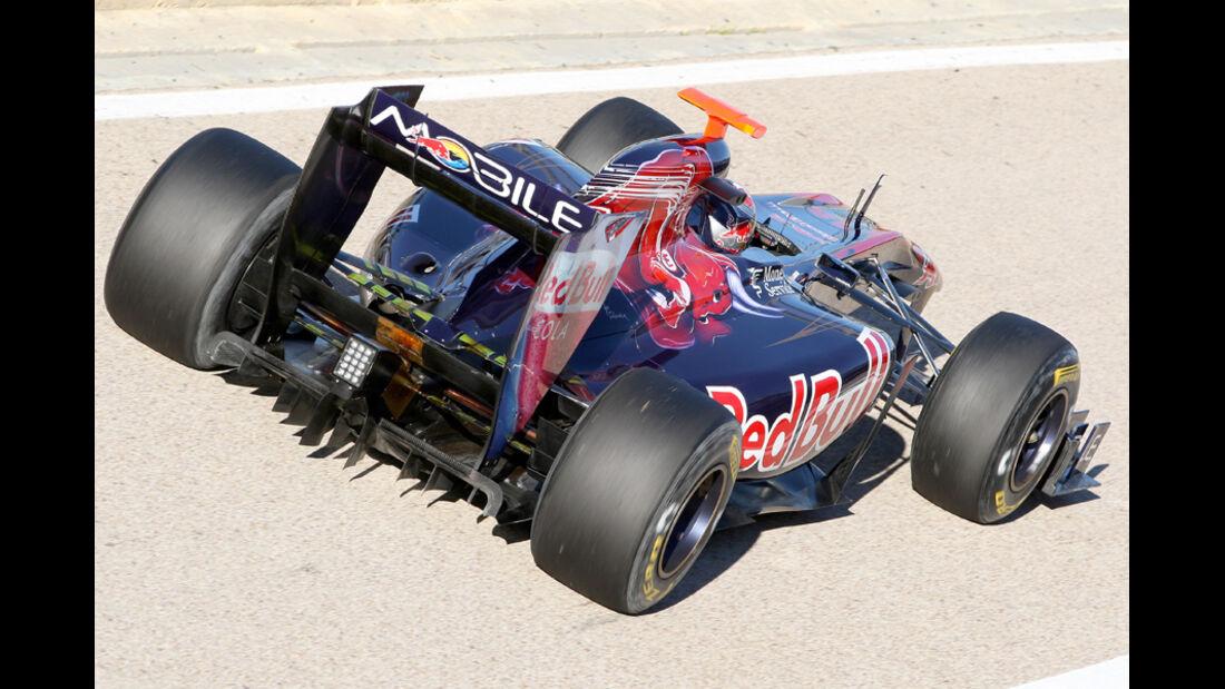 Toro Rosso STR6 Alguersuari Test 2011
