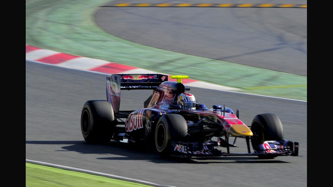 Toro Rosso STR6 Ricciardo Formel 1 Test Barcelona 2011