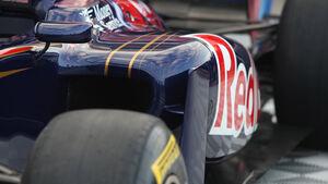 Toro Rosso STR6 Seitenkasten 2011