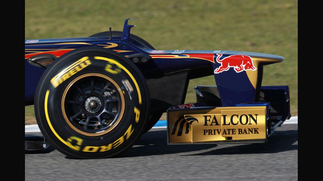 Toro Rosso STR7 Formel 1 Nase Jerez 2012