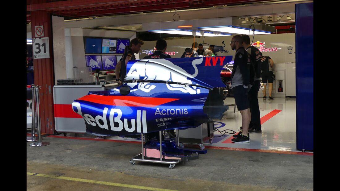 Toro Rosso - Startnummern - Formel 1 - GP Spanien - 11. Mai 2017