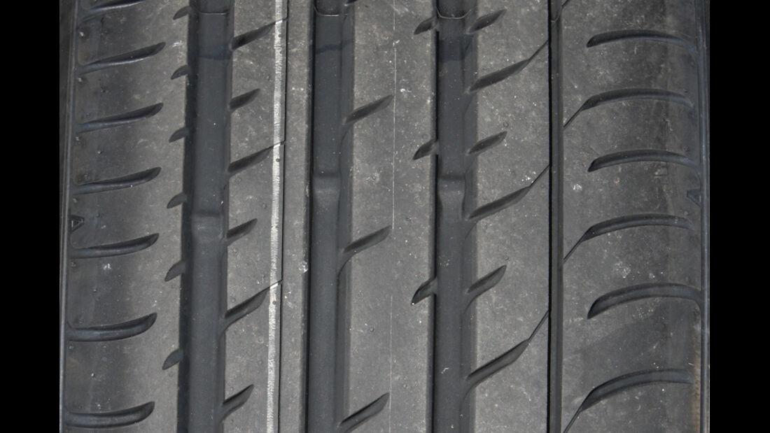 Toyo T1 Sport Reifenprofil