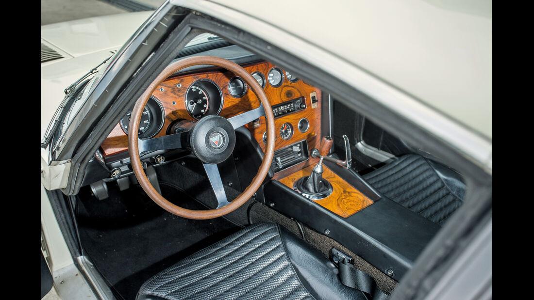 Toyota 2000GT, Cockpit