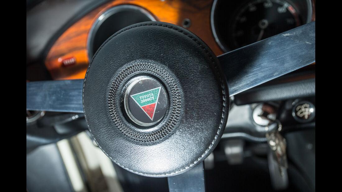 Toyota 2000GT, Lenkrad