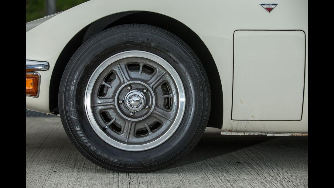 Toyota 2000GT, Rad, Felge