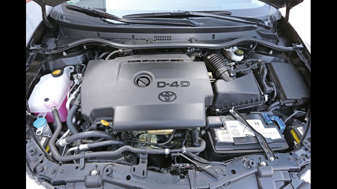 Toyota Auris 2.0 D-4D, Motor