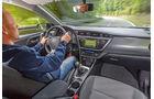 Toyota Auris Touring Sports 2.0 D-4D, Cockpit