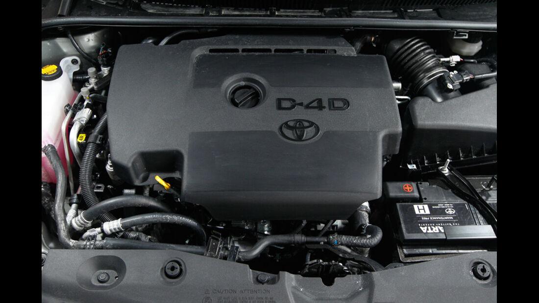 Toyota Avensis Combi 2.0 D-4D, Motor