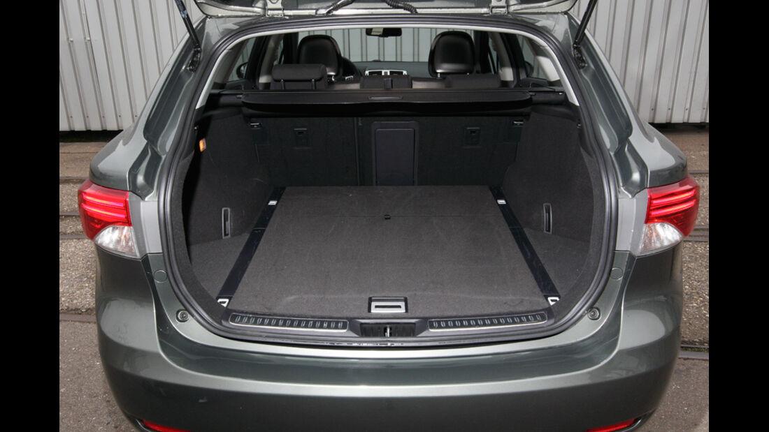 Toyota Avensis Combi D-4D, Kofferraum