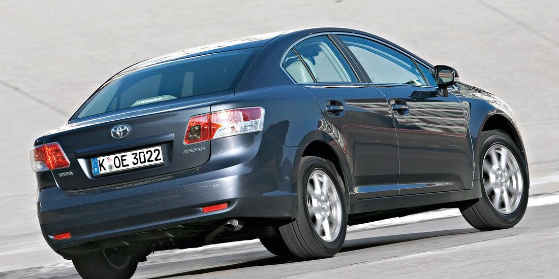 Toyota Avensis, Heckansicht