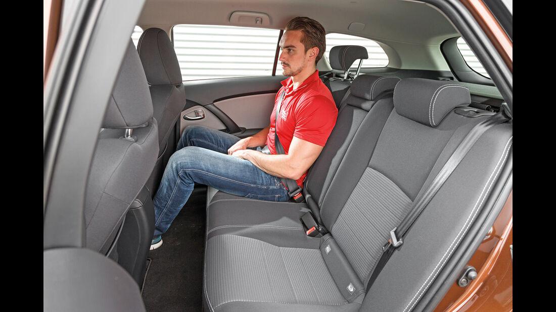 Toyota Avensis Touring Sports 2.0 D-4D, Fondsitz