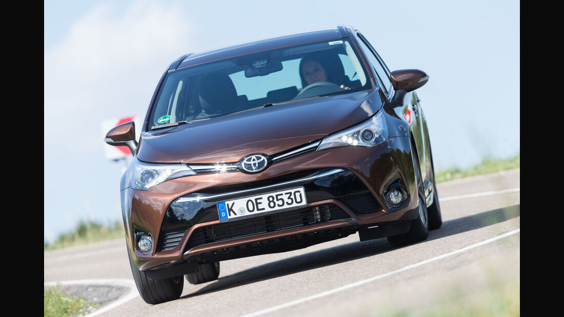 Toyota Avensis Touring Sports 2.0 D-4D, Frontansicht