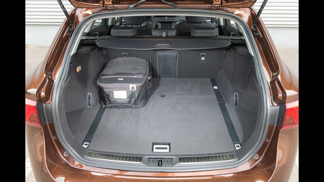 Toyota Avensis Touring Sports 2.0 D-4D, Kofferraum