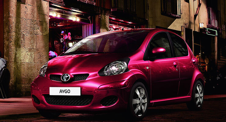 Toyota Aygo Cool Red