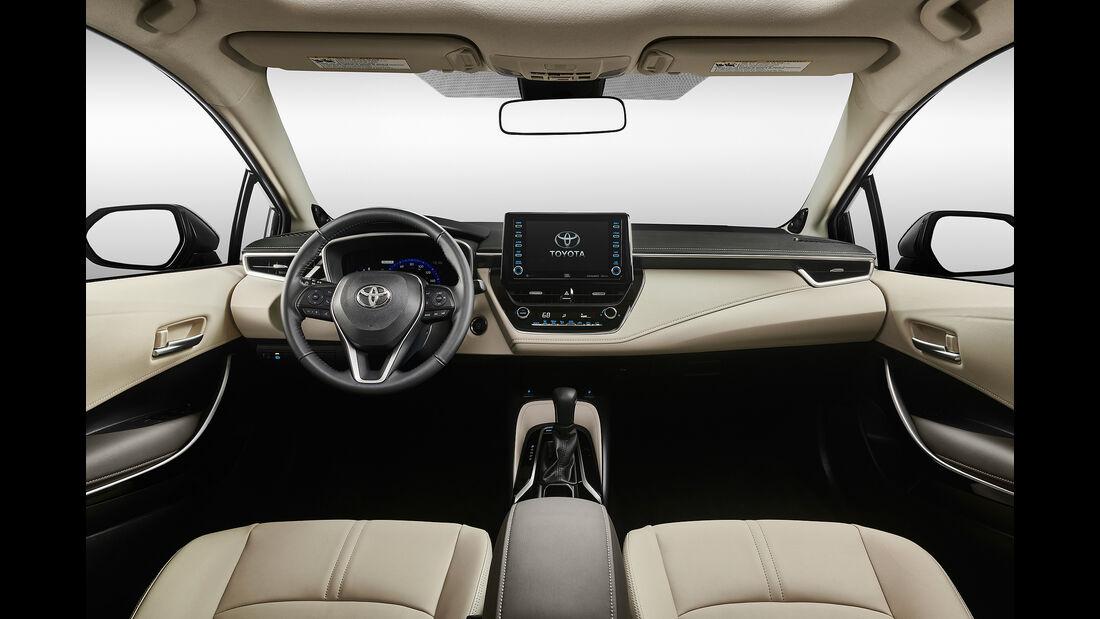 Toyota Corolla Limousine (2018)