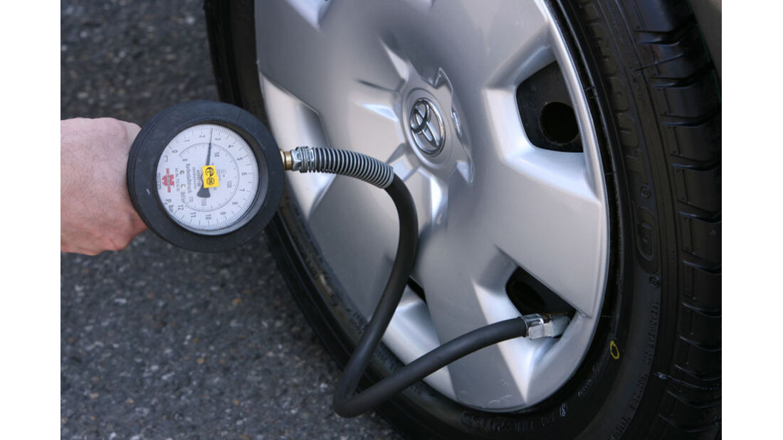 Toyota Corolla, Reifen, Luftdruck