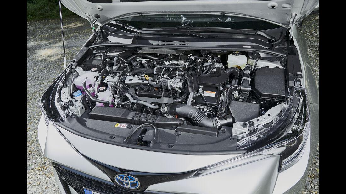 Toyota Corolla TS 2.0 Hybrid,Motorraum