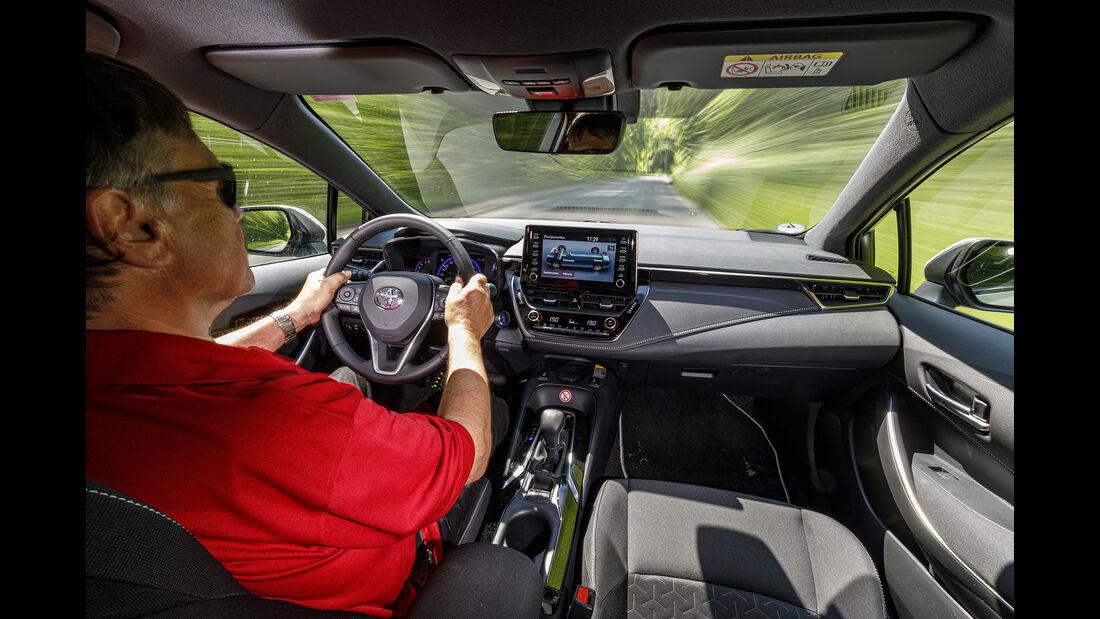 Toyota Corolla Touring Sports, Interieur