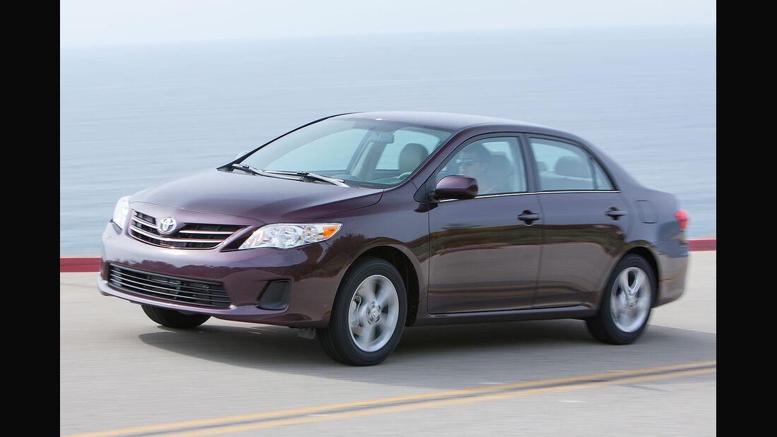Toyota Corolla USA 2013